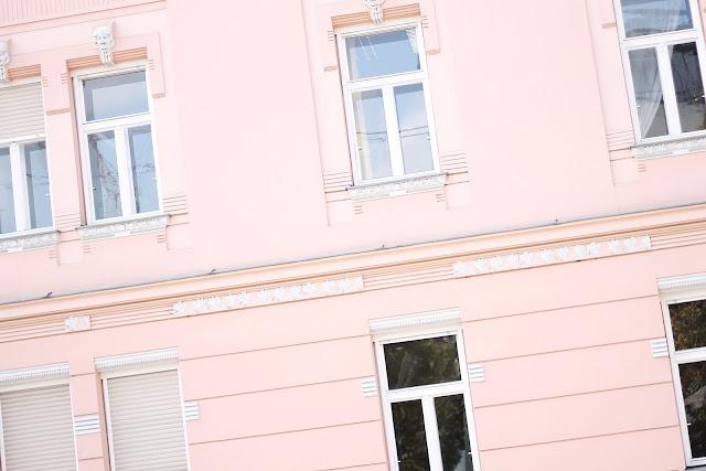 pink wall graz
