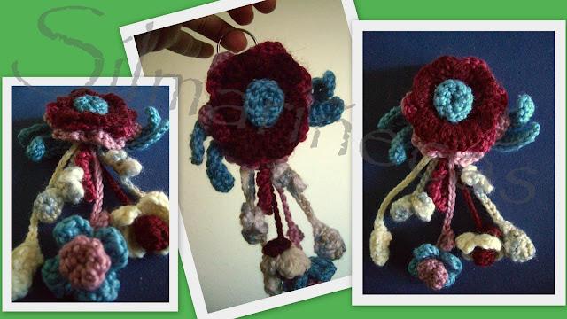 llavero flores de crochet