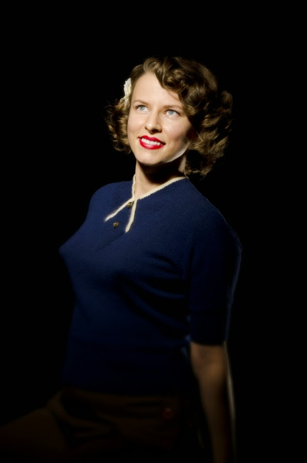 A 1940s Photo Shoot Session #1940s #vintage #photography