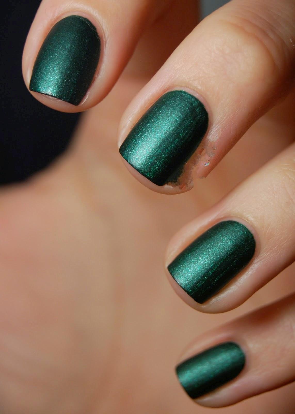 Matte Emerald Green Nail Polish | Best Nail Designs 2018