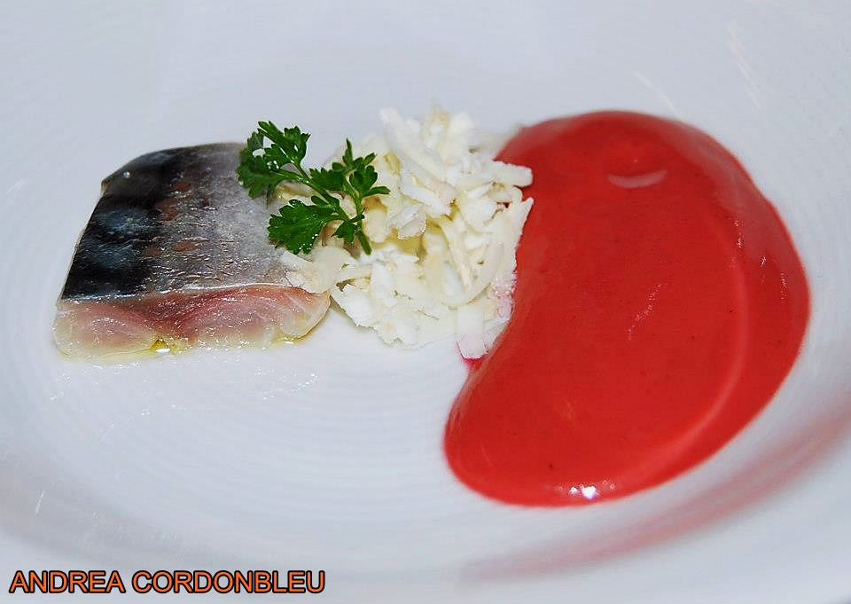 Cordonbleu gazpacho de cerezas con caballa y queso de for Platos de alta cocina