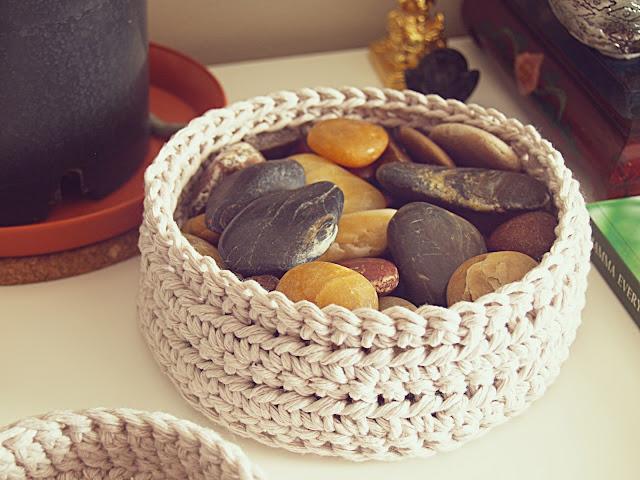 Free Crochet Pattern Fox Basket : Howsanne Handmade Crochet : Crochet Pattern: Simple Basket