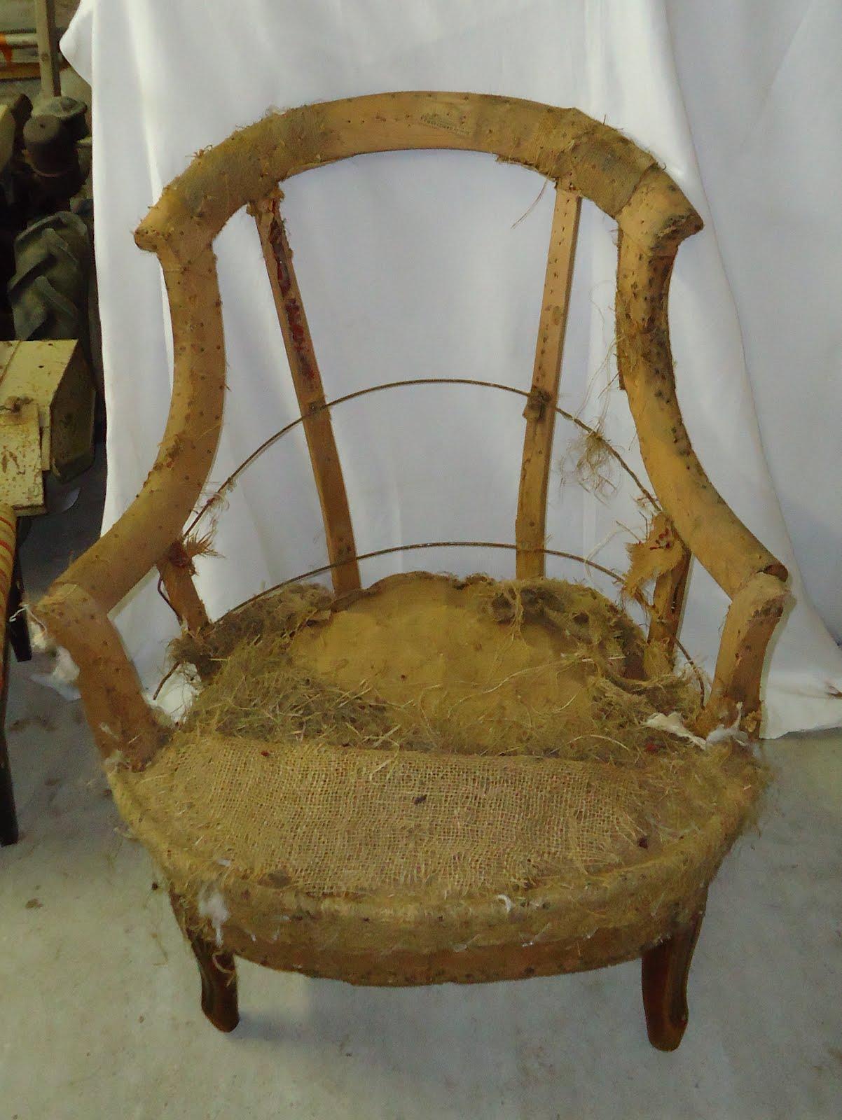 50 - Réfection complète d\'un fauteuil Crapaud Napoléon III | LES ...