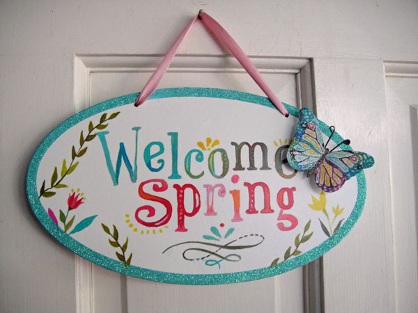 Tropic Home And Family Inexpensive Touches Of Springtime Decor