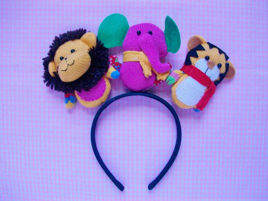 "MooeyAndFriends: ""Ugly"" Cute Christmas Headband ♥ 12 Days ..."