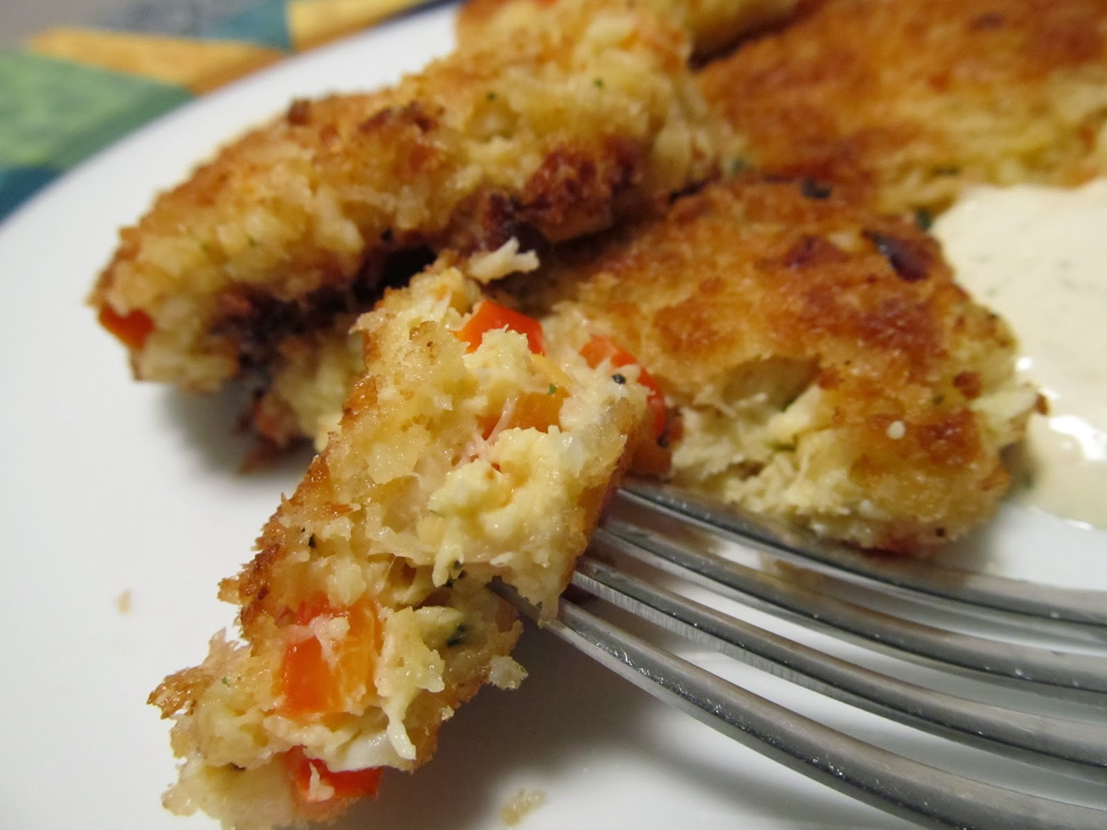 Spicy Crab Cakes with Lemon Aioli