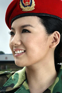 Hot Chicks in the Military