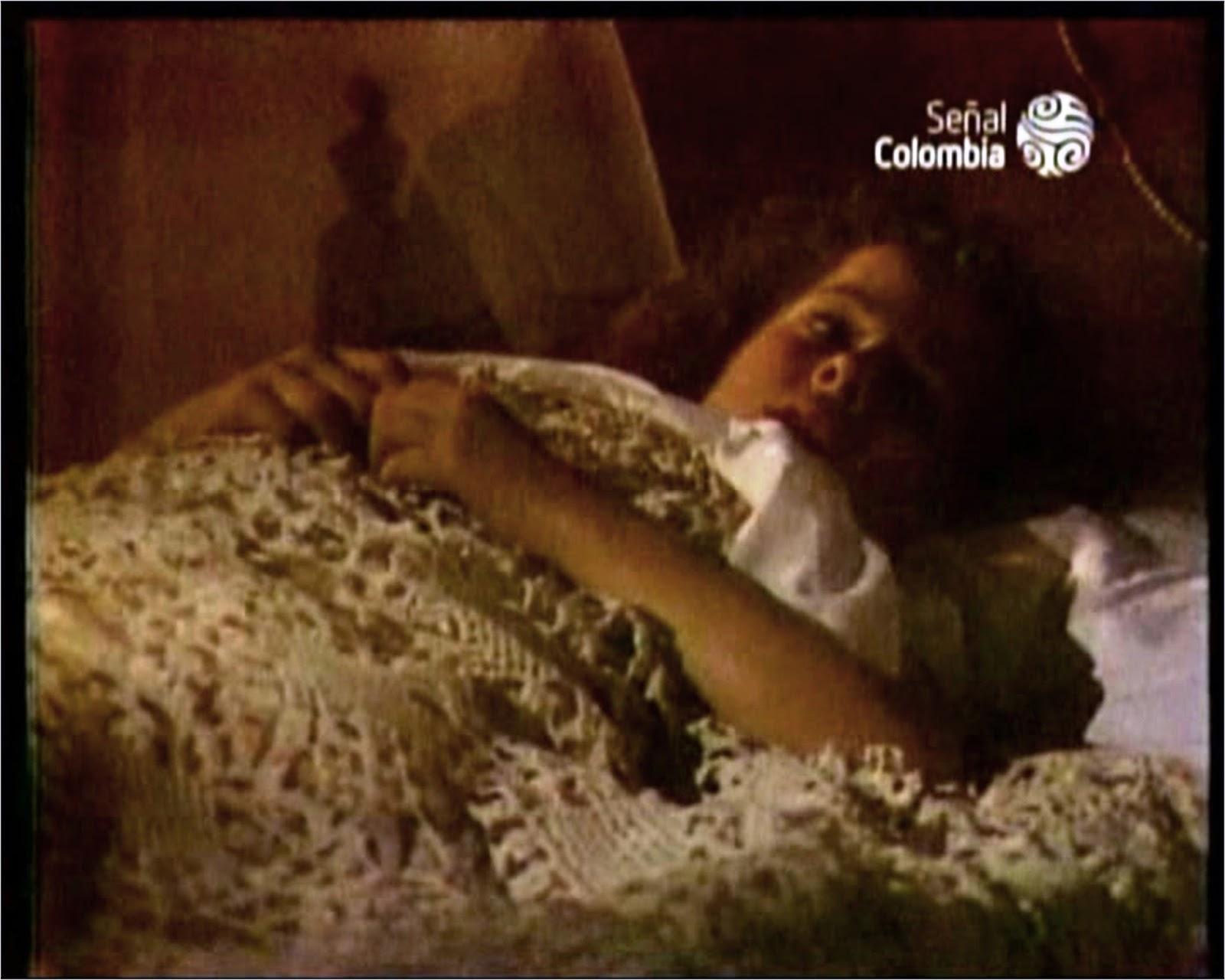Danna García fotos..La Casa de las dos Palmas 1990 - Página 3 EVANGELINA+(DANNA+GARCIA+NI%C3%91A)+ZZ
