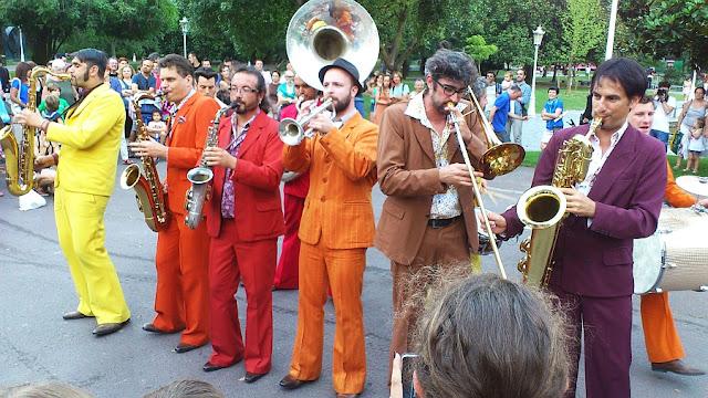 Les traîne-Savates,Bilbao,Parque de Doña Casilda, paisaje humano,