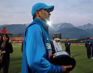 MS-Dhoni-5th-ODI-INDIA-vs-ENGLAND-Dharamsala
