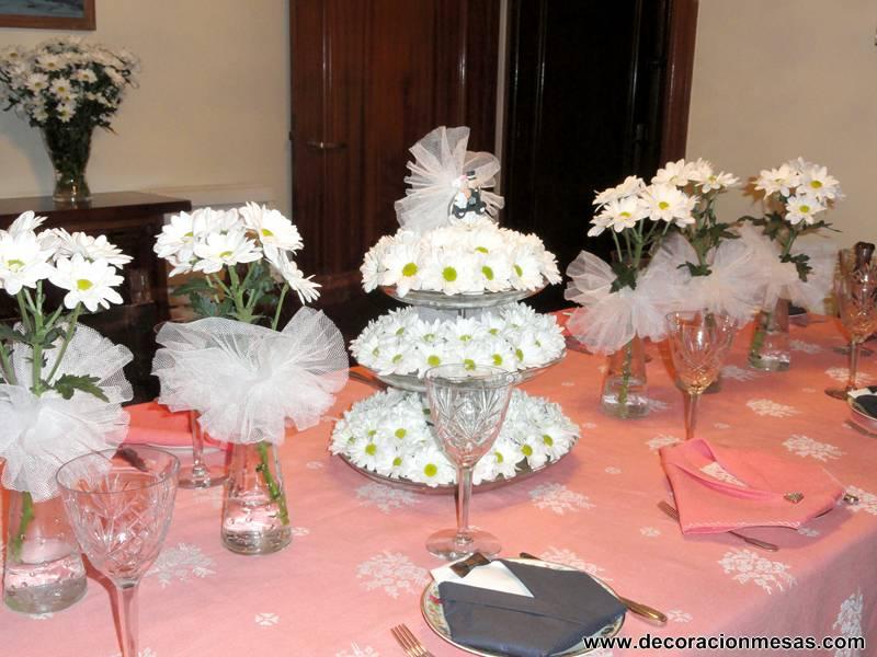 Decoracion de mesas mesa para bodas de diamante - Decoracion boda en casa ...