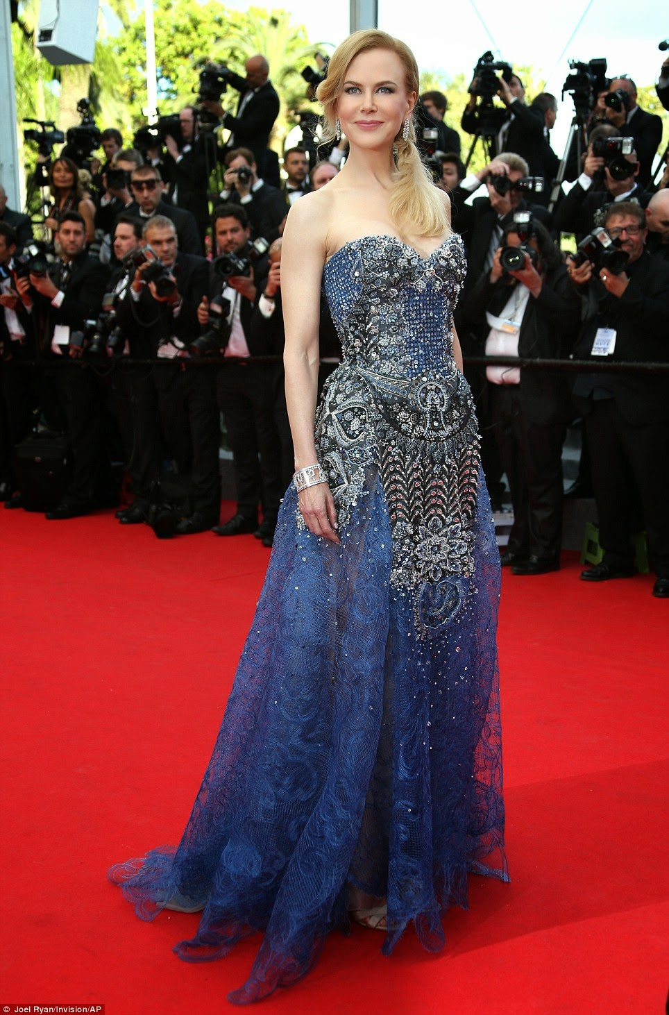 Nicole Kidman in Armani Prive, Cannes Film Festival 2014, Cannes fashion, Redcarpet Fashion 2014, Celebrity Fashion, Pakistan Fashion Blog, Top Trends 2014