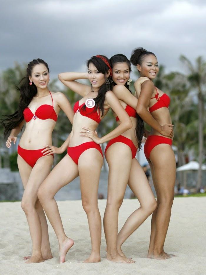 Hoa Hậu Việt Nam mặc bikini tỏa sắc bên bể bơi 6