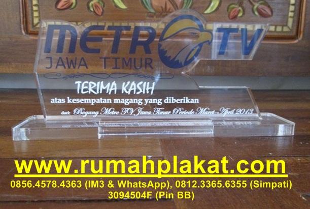 Plakat Acrilic Surabaya, Desain Bentuk Plakat, Tempat Pembuatan Plakat ...