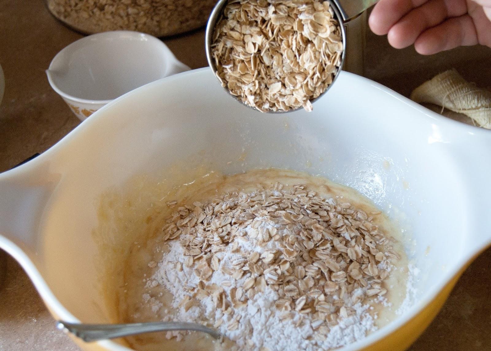 Easy Banana Bread Pancakes - adding oats