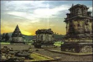 Candi Dieng - Wisata Dieng - Wisata di Dataran Tinggi Wonosobo, Jawa Tengah