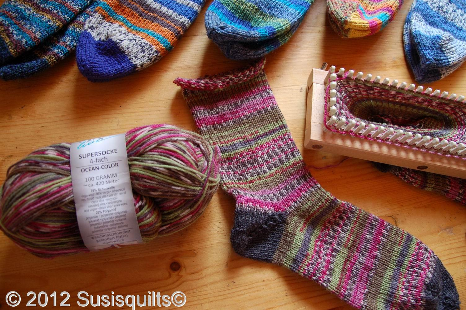 Knitting Loom : Susis quilts knitting loom