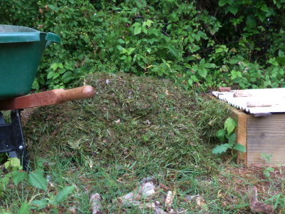 how to make compost from grass clippings