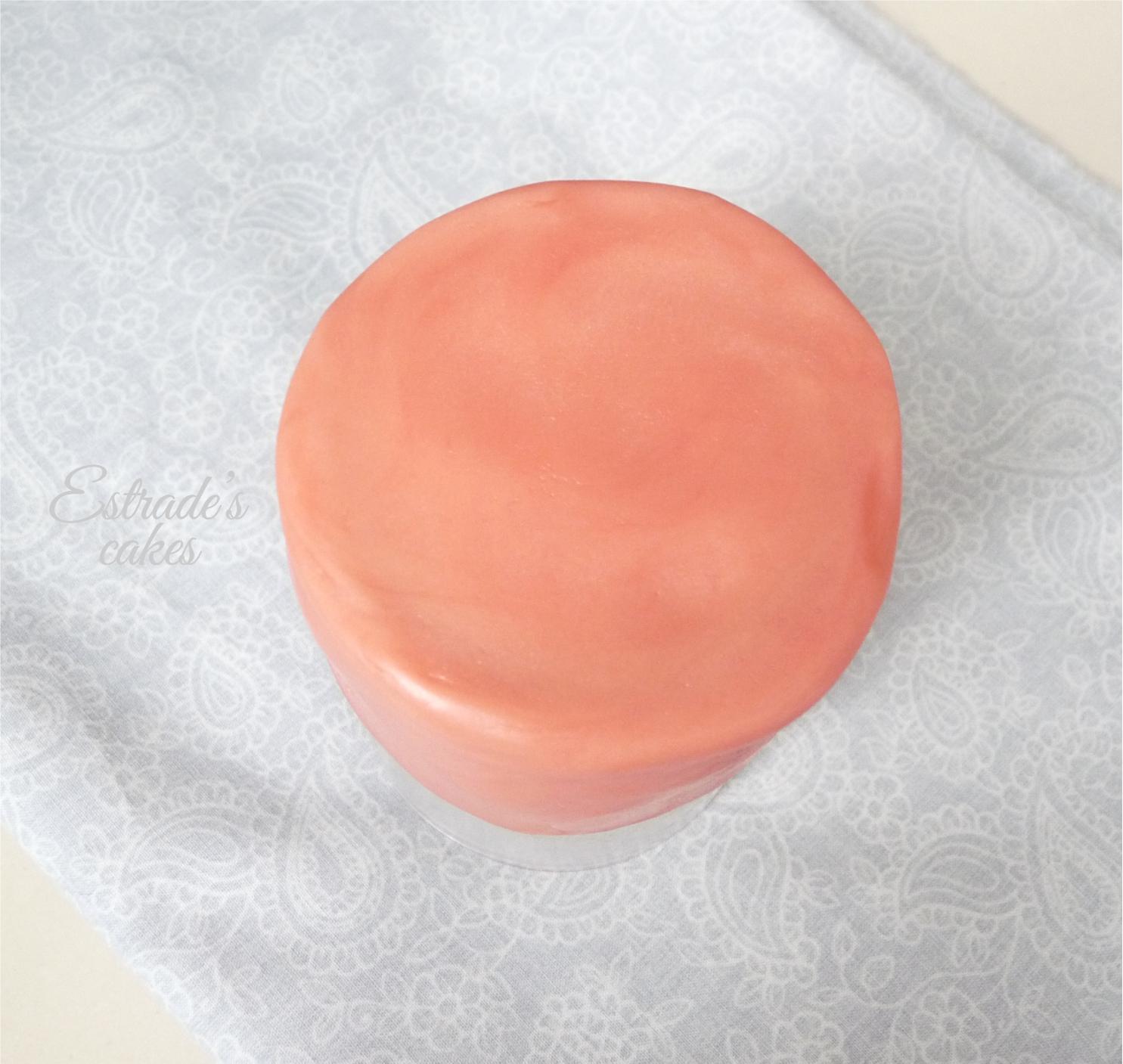 Chocolate plástico de modelar blanco, prueba 4 - pastel