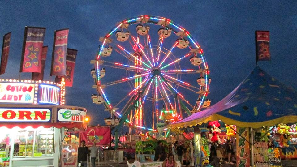 helicopter rides in nc with Deggeller Attractions At Fort Bragg Fair on Parasailing Double 2 moreover Daily Wallpaper Warm Sunset In Taipei moreover Usb To Serial Adaptor Drivers in addition  also Fast Passport Service Nyc.