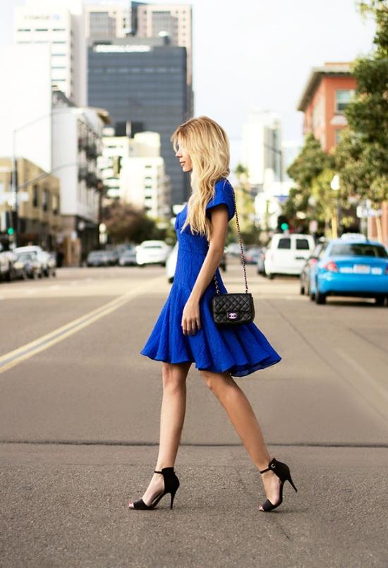 Accesorios para vestido azul y negro