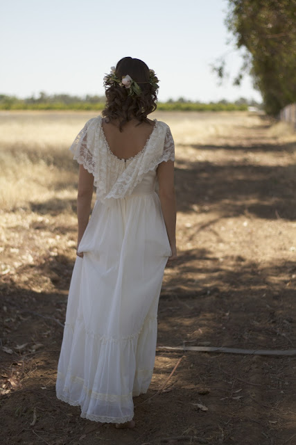 cream vintage wedding dress
