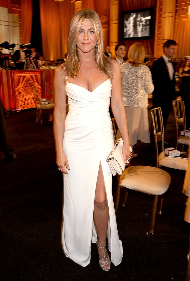 Actress Dress-Up Picture of Jennifer Aniston