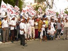 Ex -general Aguero encabeza  bandereo de cierre de campaña  del PRD y exhorta a la población acogerse a tregua navideña