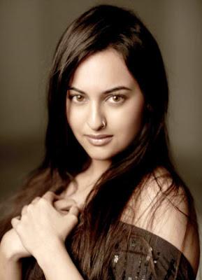 http://1.bp.blogspot.com/-66Syx_Pp8X0/TdUiPvsrz9I/AAAAAAAAATI/3rRy0enbCOM/s1600/Sonakshi-Sinha.jpg
