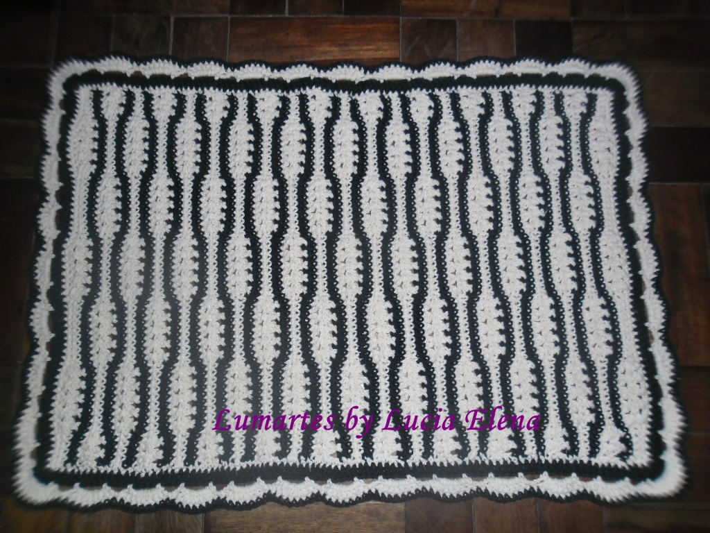 Amigas do croche tapete zebra de lucia elena fonseca for Zebra tapete