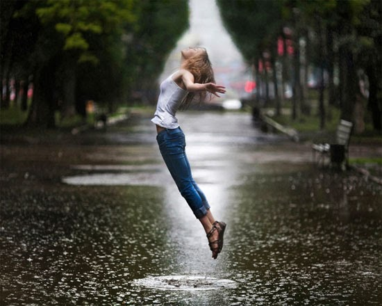 I like jumping in the rain