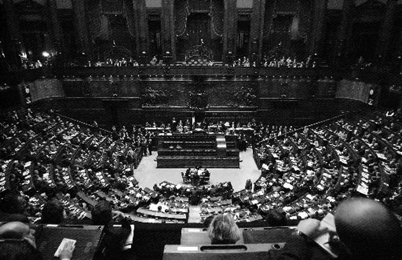 Bruno aprile e la democrazia diretta la democrazia for Parlamento in diretta