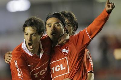 Con gol de Vargas Independiente venció al Liverpool