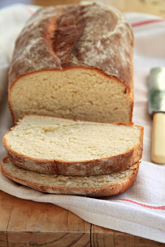 Chleb drożdżowy z mlekiem
