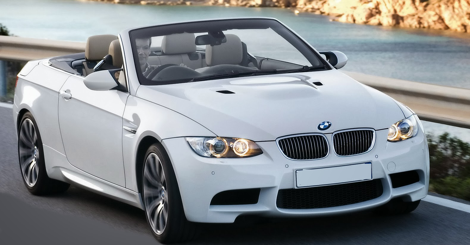 2014 bmw m3 coupe and convertible comparison techgangs. Black Bedroom Furniture Sets. Home Design Ideas