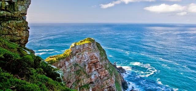 5 Surga Pantai Terindah Dunia Dengan Biaya Rendah