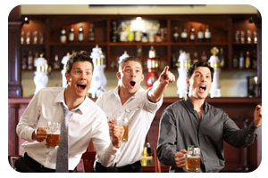 cena top - less, camareras en topless, restaurante temático