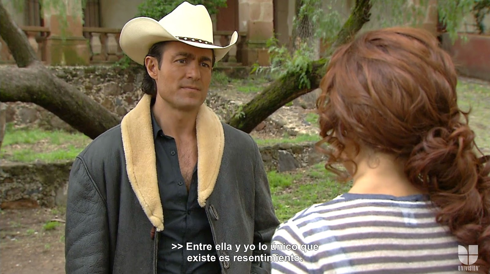 ... Hulu) of Soy tú Dueña . Fernando Colunga in HD! (Again, click on