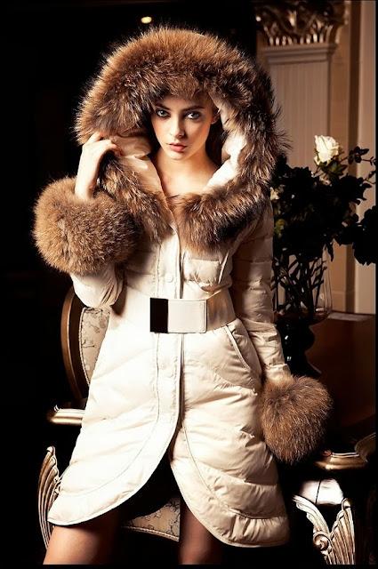 Yeni Moda Bayan Kışlık Mont Modelleri