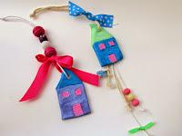 http://efzin-creations.blogspot.gr/2014/12/diy-mini-clay-houses-lucky-charms.html