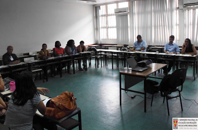 Prof. Alcemi apresenta trabalho sobre SAN e PCTs durante V Encontro Nacional do NEAB - Nov 2012