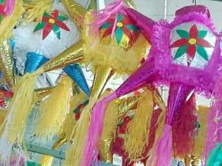 Piñatas für die Posada