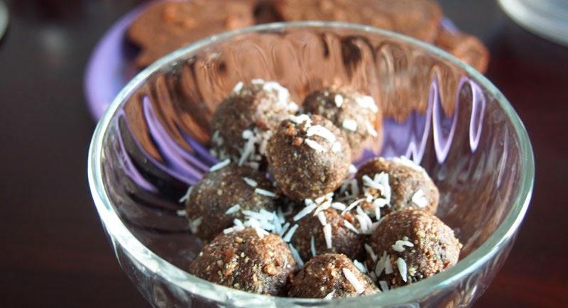 Helpot ja herkulliset suklaa raakapallot