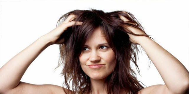 Cara merawat rambut kering dan kusut secara alami