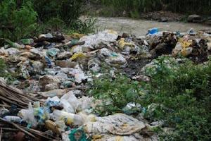 más ` peligro ambiental