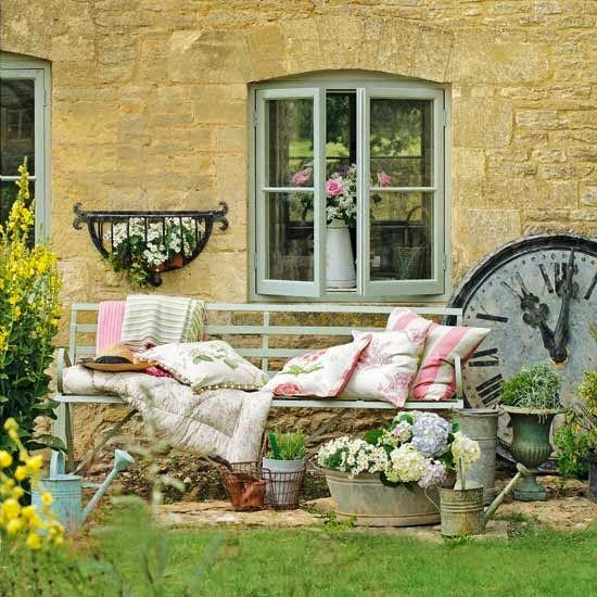 http://www.housetohome.co.uk/garden/picture/pretty-country-garden-1
