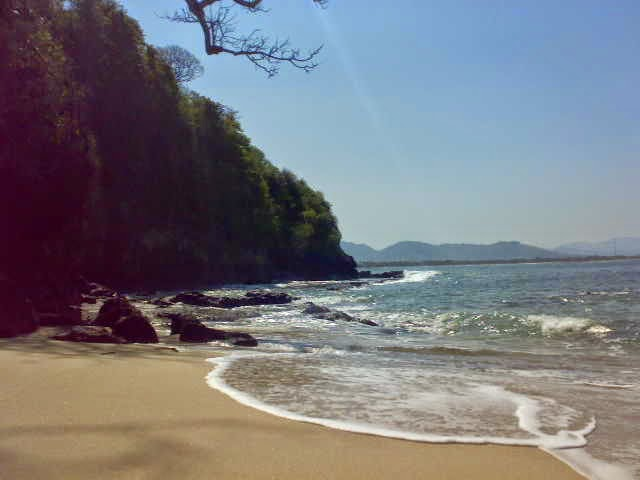 Pantai tanjung papuma jember