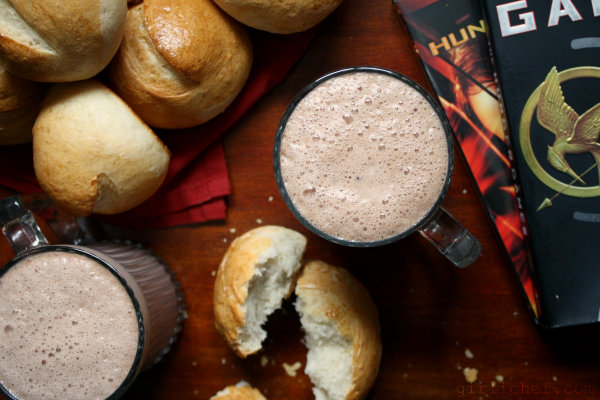 <b>Hot Chocolate & Brötchen</b> <i>...inspired by The Hunger Games</i> {cook the books + food &#39;n flix}