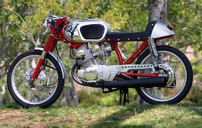 Honda CB160.jpg