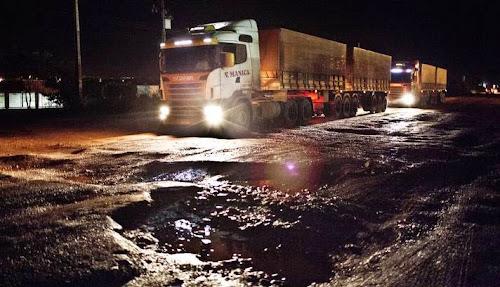 Excesso de carga representa risco para condutores e reduz vida útil do asfalto